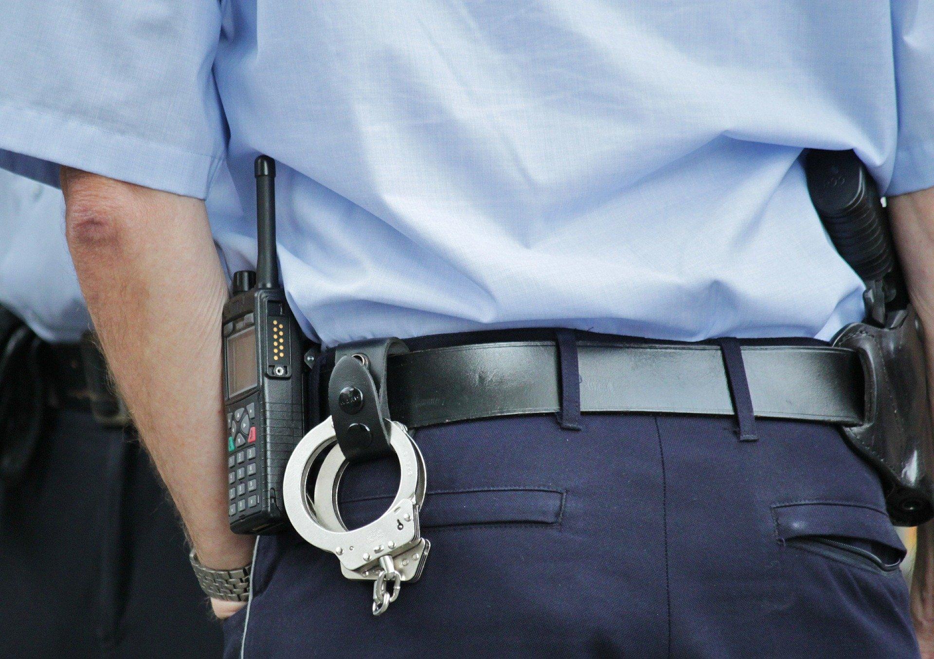 Czy maseczka chroni przed aresztem?